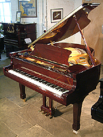 Halle and Voight WG160 grand piano For Sale with a mahogany case and polyester finish