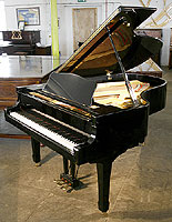Yamaha G5 Grand Piano For Sale with a black case