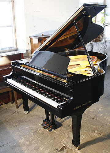 Yamaha c3 grand piano for sale with a black case modern for How big is a grand piano