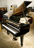 Yamaha G3 Grand Piano For Sale with a blackcase